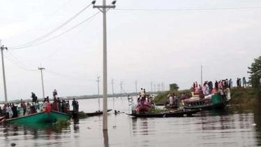 ব্রাহ্মণবাড়িয়ায় নৌকাডুবি : ৬ ঘণ্টা পর ফের উদ্ধার অভিযান শুরু