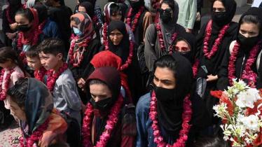 ভয়ে আফগানিস্তান ছাড়ল নারী ফুটবলাররা